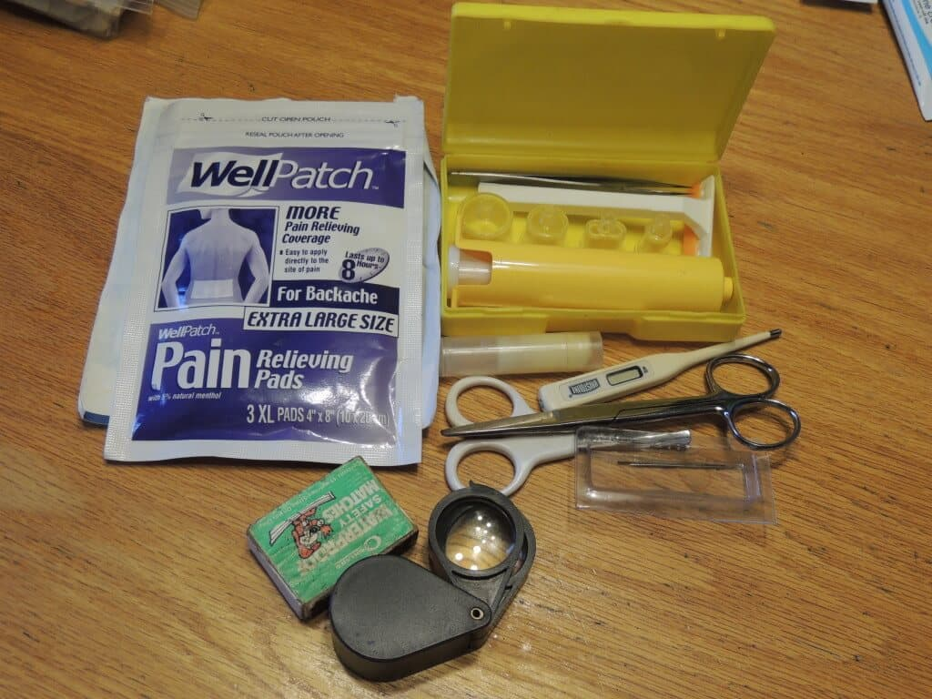 Extras to put in your DIY car first aid kit