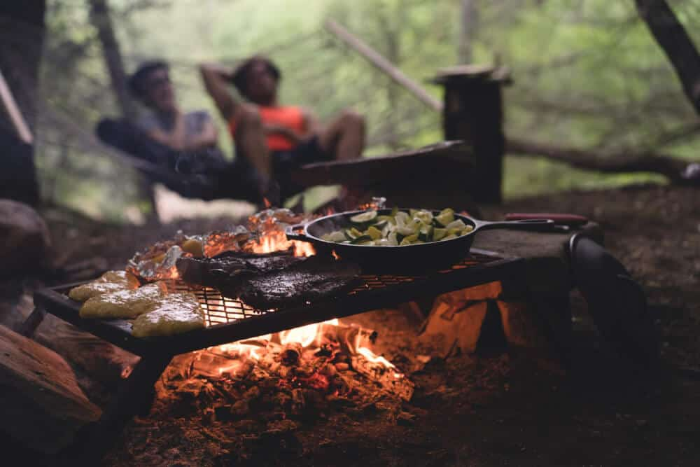 For busy families who love to go camping, the easiest car camping meals ever! #camping #recipes