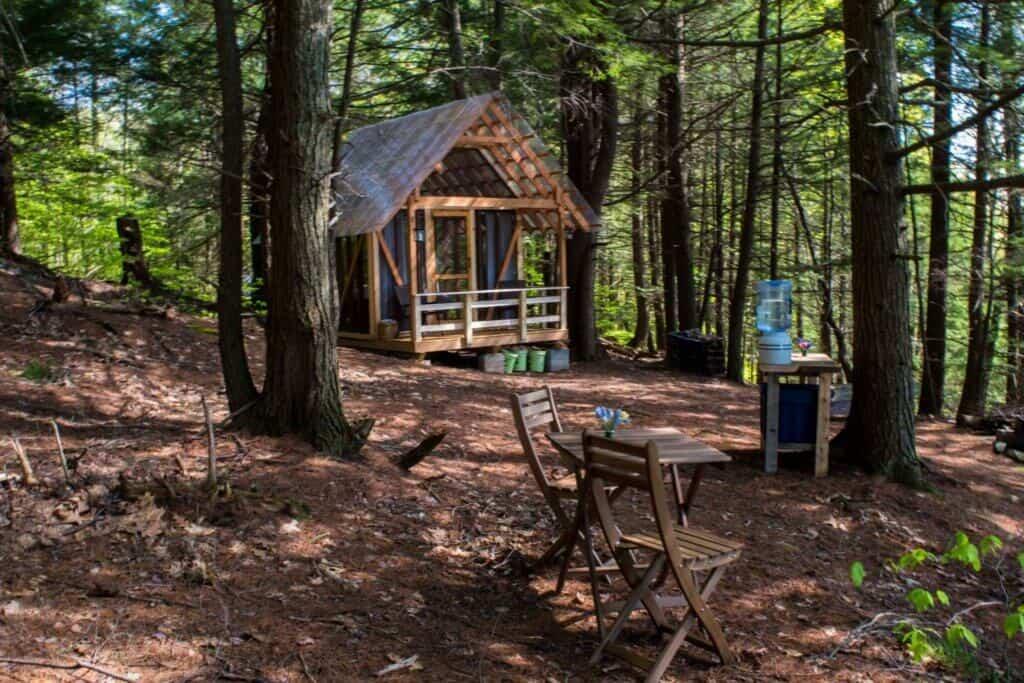 The open-air cabin at Tanglebloom Farm in Vermont.