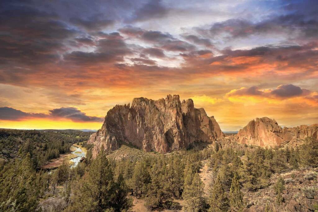 A sunset view over Smith Rock State Park