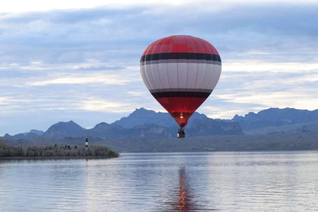 Morning ascension at the Lake Havasu Balloon Festival in Lake Havasu City, AZ