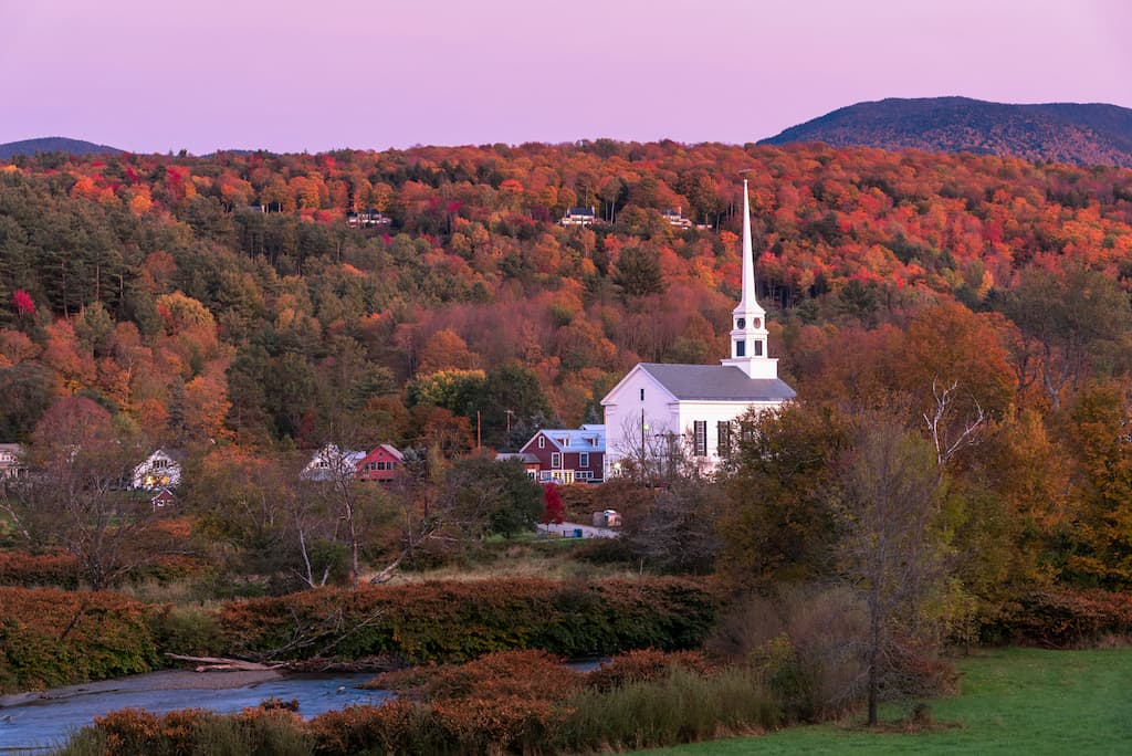 The village of Stowe, Vermont in the fall