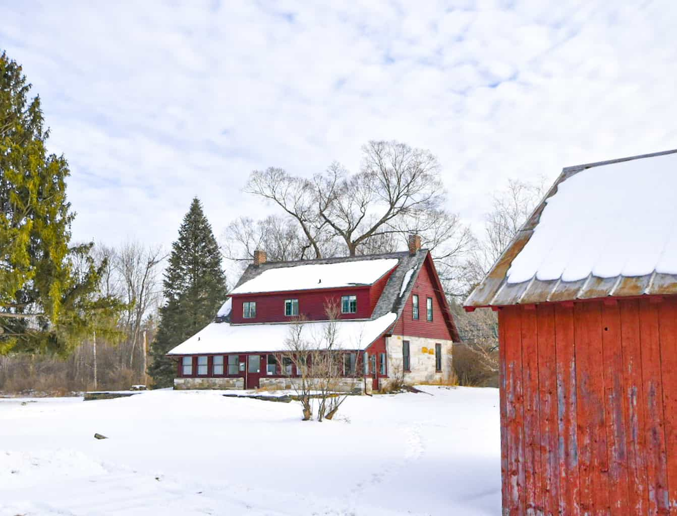 A winter view of the Robert Frost House in Shaftsbury, Vermont.