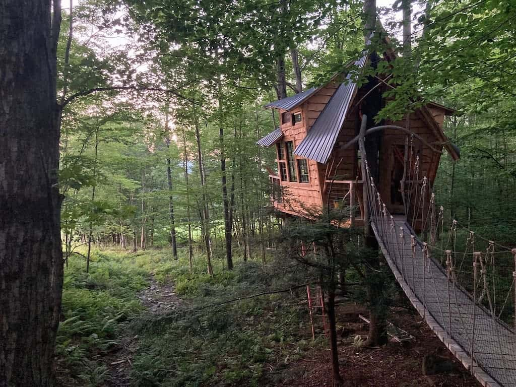 Bliss Ridge Treehouse in Vermont. Photo credit Airbnb