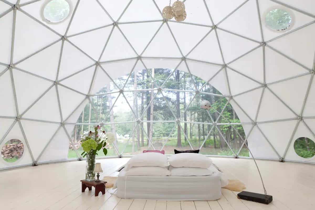 Geodesic dome for rent in Woodbridge, NY. Photo credit: Airbnb