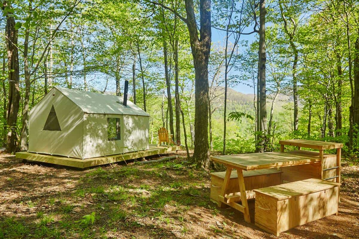 A Tentrr glamping site in the Catskills of New York. Photo credit: Airbnb