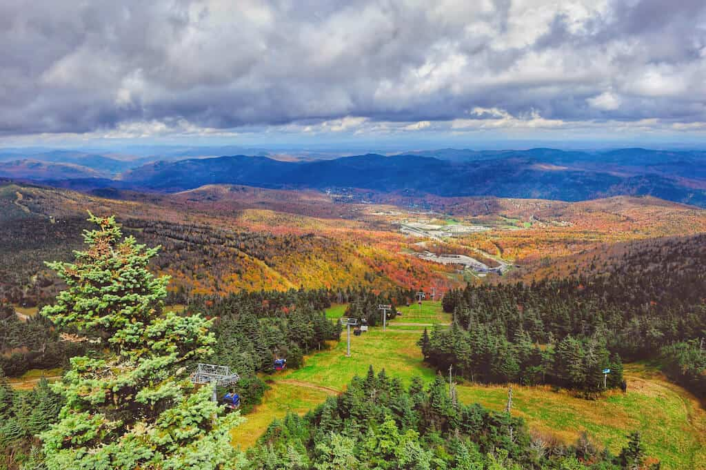 The fall foliage view from the top of Killington Peak in Vermont