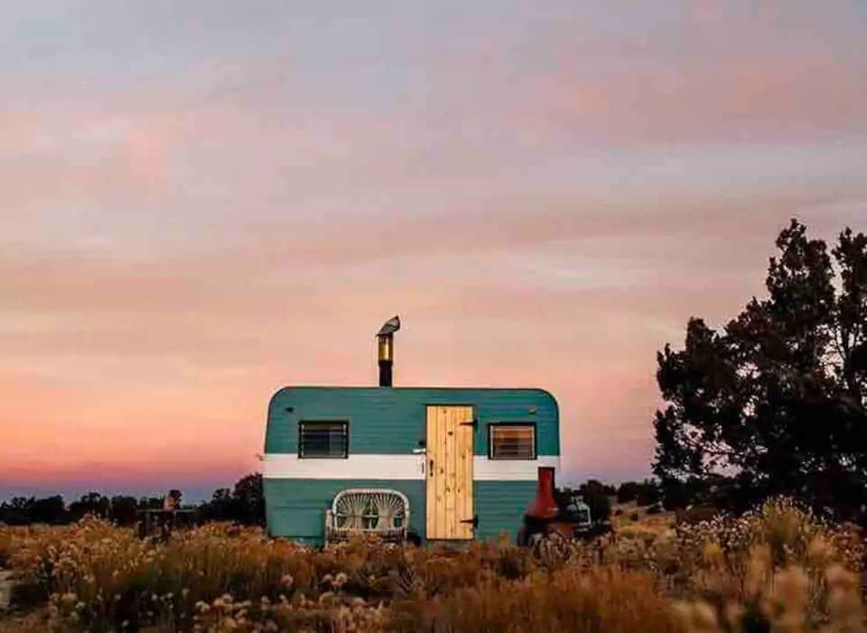 A small camper for rent near the Grand Canyon in Arizona.