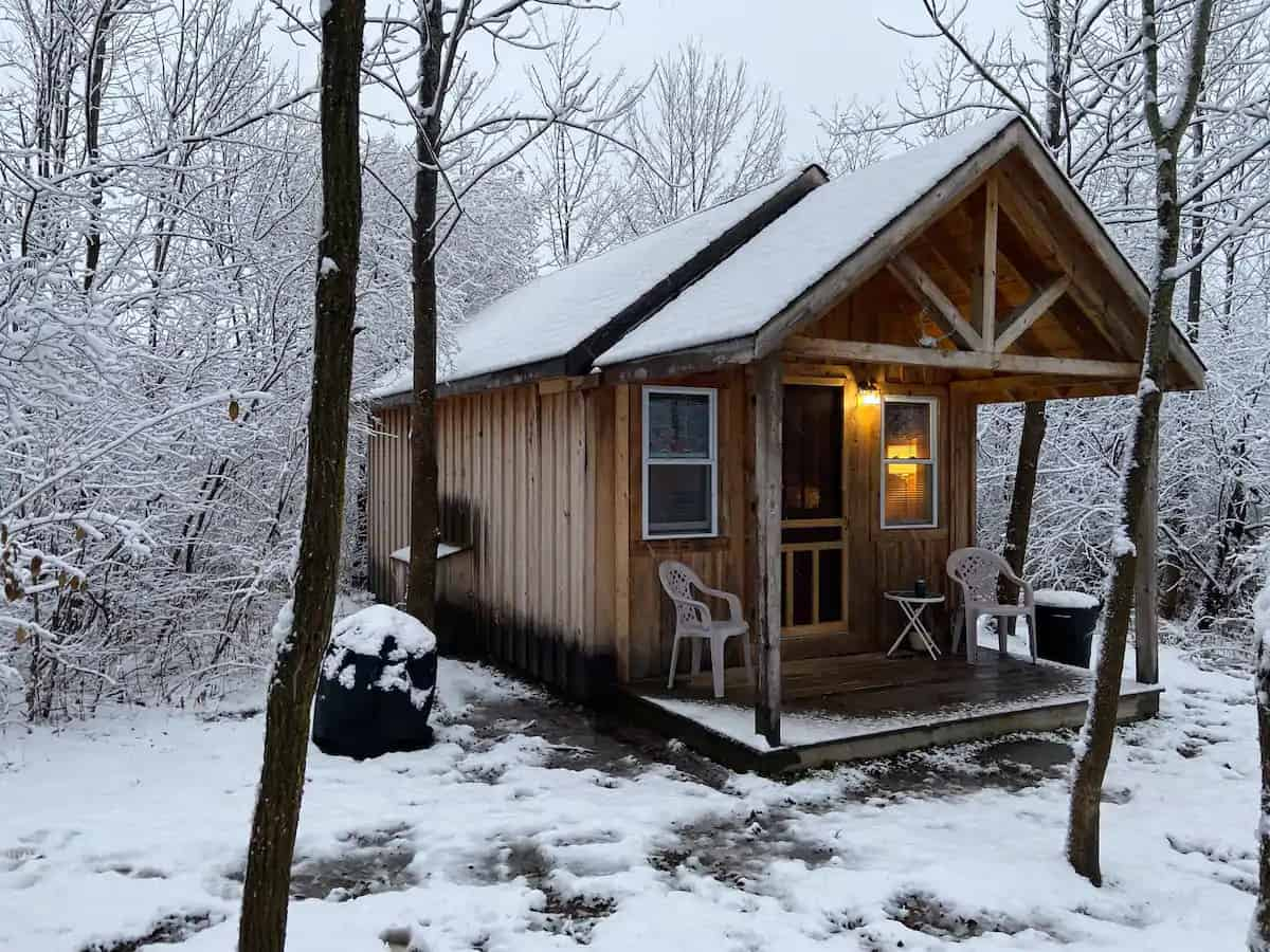 A glamping cabin for rent in Delanson, NY. Photo credit: Airbnb