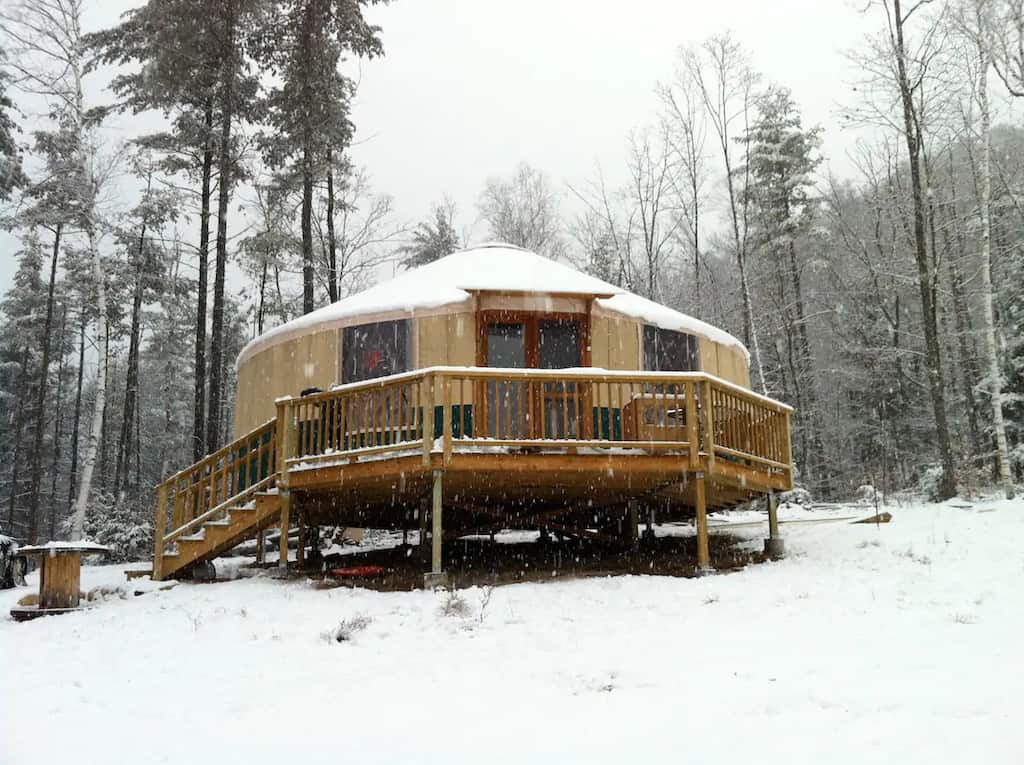 A yurt in a snowy woodland in upstate NY. Photo source: Airbnb
