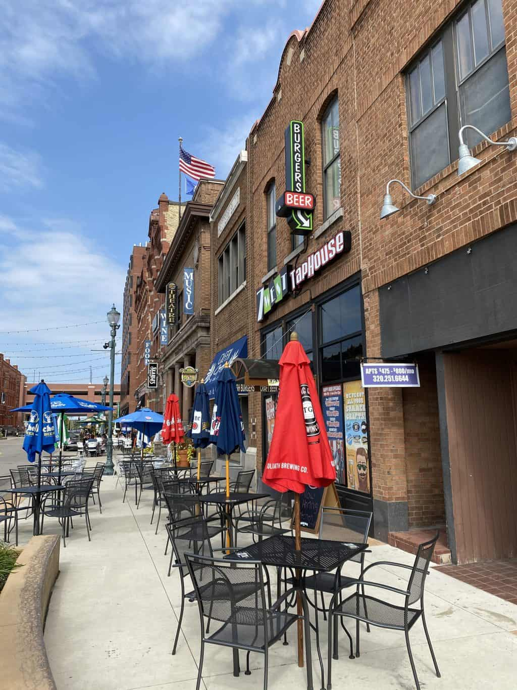 outdoor seating at a restaurant in St. Cloud MN