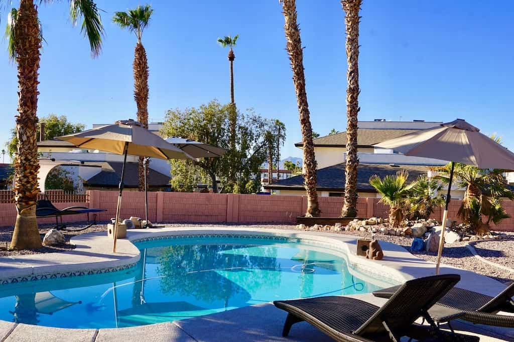 The backyard pool of a vacation rental in Lake Havasu City, Arizona