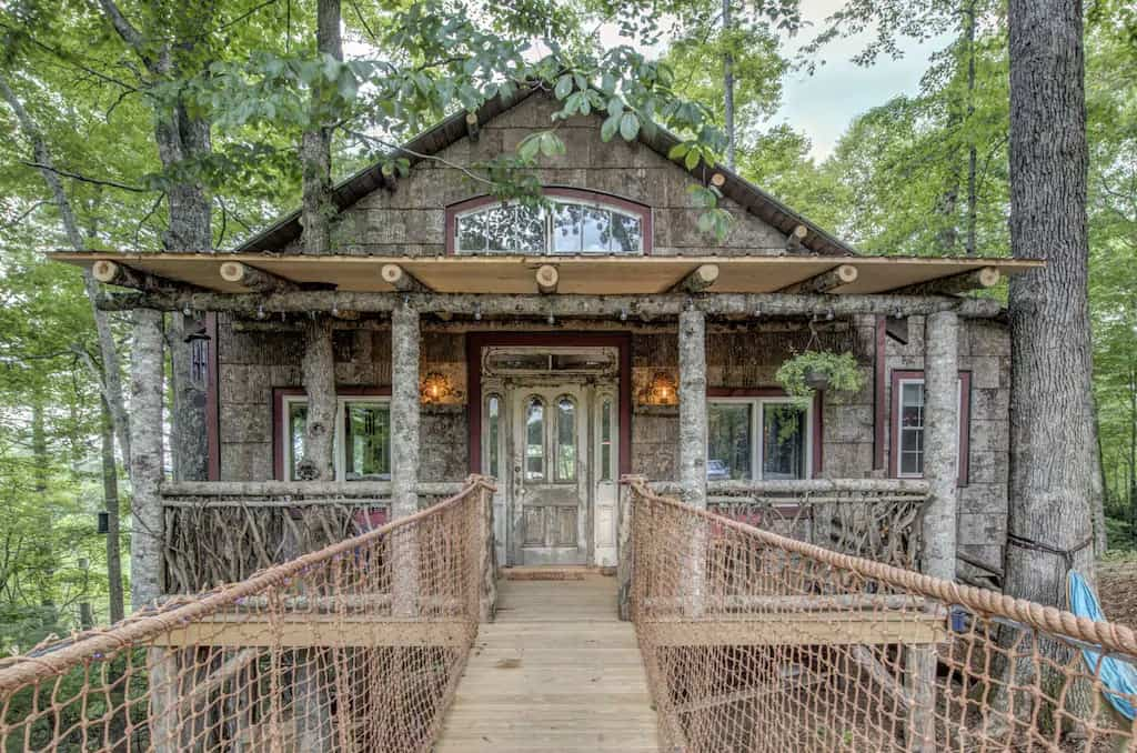 A treehouse for rent on VRBO in Jefferson, North Carolina. Photo credit: VRBO